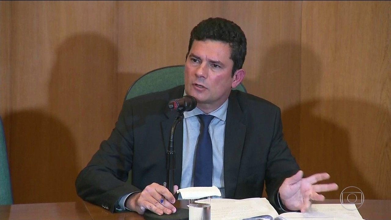 "moro 3 - Sérgio Moro vê Bolsonaro ""moderado"" e diverge sobre MST e armas"