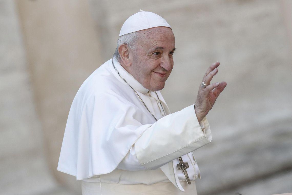 papa francisco - Papa se reúne com líderes políticos e religiosos dos Emirados Árabes