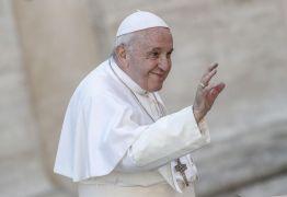 Papa pede mais mulheres em postos de responsabilidade na Igreja