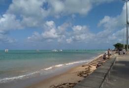SEM ESGOTO NA PRAIA: Donos de imóveis na praia em João Pessoa são notificados para corrigir ligações clandestinas