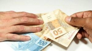propina 300x168 - Propinas de R$ 68 mi beneficiaram PT e ex-membros da Petrobras e Petros