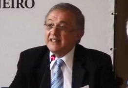 GOVERNO SE DESFAZENDO: Vélez anuncia demissão de número 2 do MEC