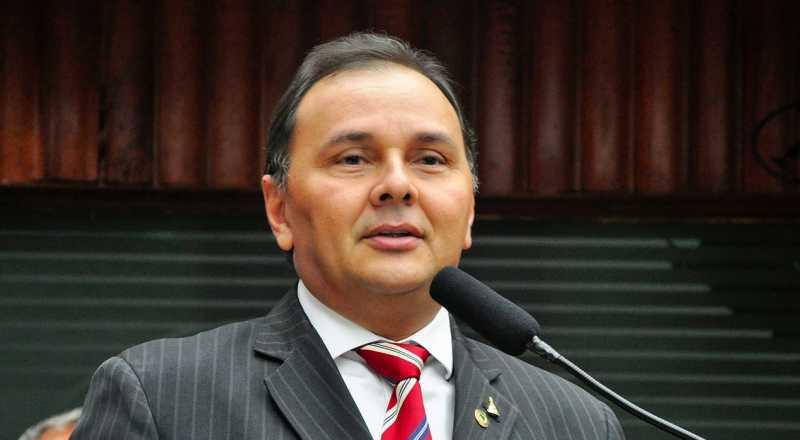 t 1 1 - NOTA: Manoel Ludgério diz que não pretendia ofender CMCG, 'se trata de um desabafo de ordem pessoal'