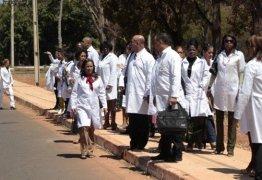 Defensoria Pública entra com ação na Justiça para manter regras do Mais Médicos