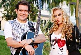 SENTINDO FALTA: Ximbinha ouve músicas de Joelma em casa e chora com saudades da Ex