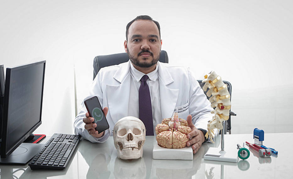 1543972295186 - NOVAS FERRAMENTAS: Médicos aprovam WhatsApp para falar com paciente