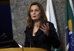 1 A 4 ANOS DE RECLUSÃO: Onze governadores podem deixar Estados sem caixa para sucessores