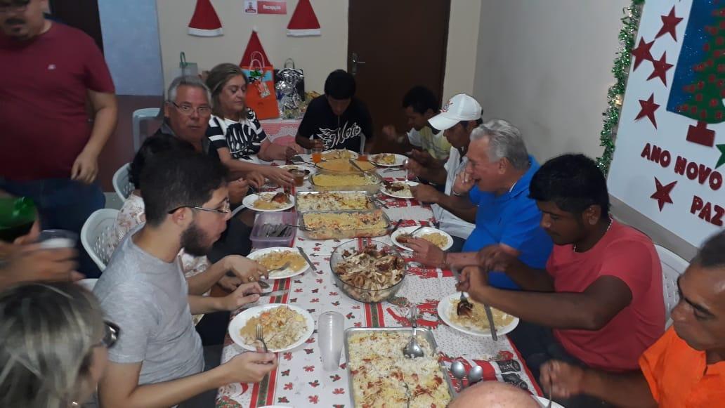 39a2eb86 e8b2 42e4 9988 3620d7d49253 - Prefeito Zé Aldemir janta com moradores de rua na Casa de Acolhimento