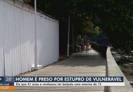 Professor é visto aos beijos com aluna de 12 anos e é preso – VEJA VÍDEO