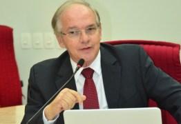 Conselheiro Arnóbio Viana é eleito novo presidente do Tribunal de Contas do Estado para biênio 2019-2010