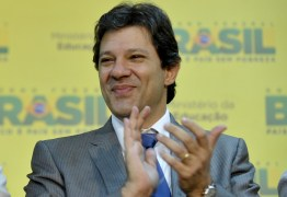 No Instagram, Haddad ironiza 'sumiço' de assessor de Flávio Bolsonaro