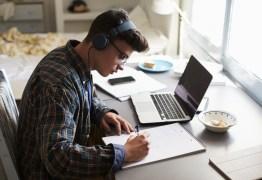 APRENDIZADO VIRTUAL: Alunos tem preferido EAD na hora de escolher uma graduação