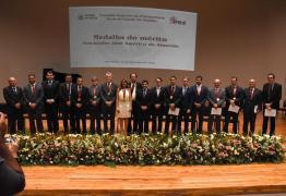 João Azevêdo é homenageado pelo Conselho Superior da PGE com Medalha do Mérito 'Procurador José Américo de Almeida'