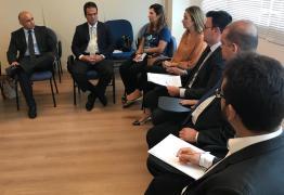 Durante reunião da Frente Parlamentar do Autismo, Daniella Ribeiro reafirma compromisso de melhorar rede de assistência no estado