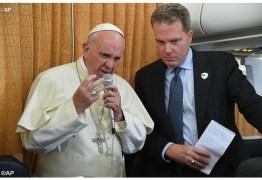 Porta-voz oficial do Vaticano, Greg Burke, pede demissão nesta segunda-feira