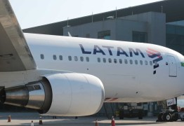 PROBLEMAS TÉCNICOS: Voo da Latam tem problemas e retorna a aeroporto após decolagem