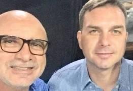 QUEIROZ APARECEU: ex-assessor de Flávio Bolsonaro atribui movimentação financeira a compra e venda de veículos e diz que é 'um cara de negócios'