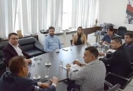 Secom-PB apresenta novo modelo de veiculação de mídias digitais à Amidi