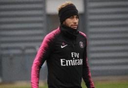 Neymar não passará por cirurgia e ficará afastado por 10 semanas, diz PSG