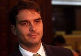 Caso Flávio Bolsonaro sairá das mãos de chefe do MP-RJ