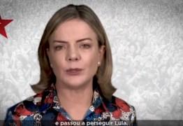 VEJA VÍDEO: Gleisi Hoffmann grava mensagem de fim de ano convidando militância a resistir em 2019