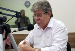 """""""Não tivemos notificação de nenhum órgão"""" explica João Azevêdo sobre intervenção nos hospitais"""