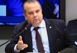 Bolsonaro deve assinar MP anti-fraude no INSS até 2ª, diz secretário Rogério Marinho