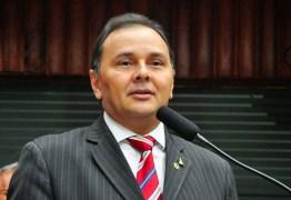 PRESIDÊNCIA DA ALPB: Manoel Ludgério reafirma voto em Adriano Galdino e Hervázio Bezerra
