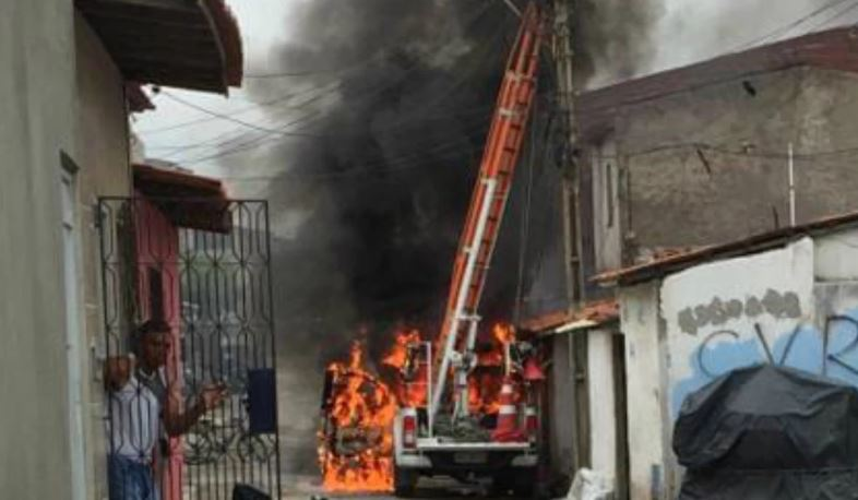 ceará - Coquetel molotov e jornalistas ameaçados no 7º dia de ataques no Ceará