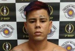 'NOVINHA VEM QUE TEM': MC Lon é preso em flagrante com arma em São Paulo