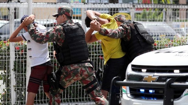 naom 5c43655b9077b 300x169 - Sobe para 399 número de presos por ataques no Ceará