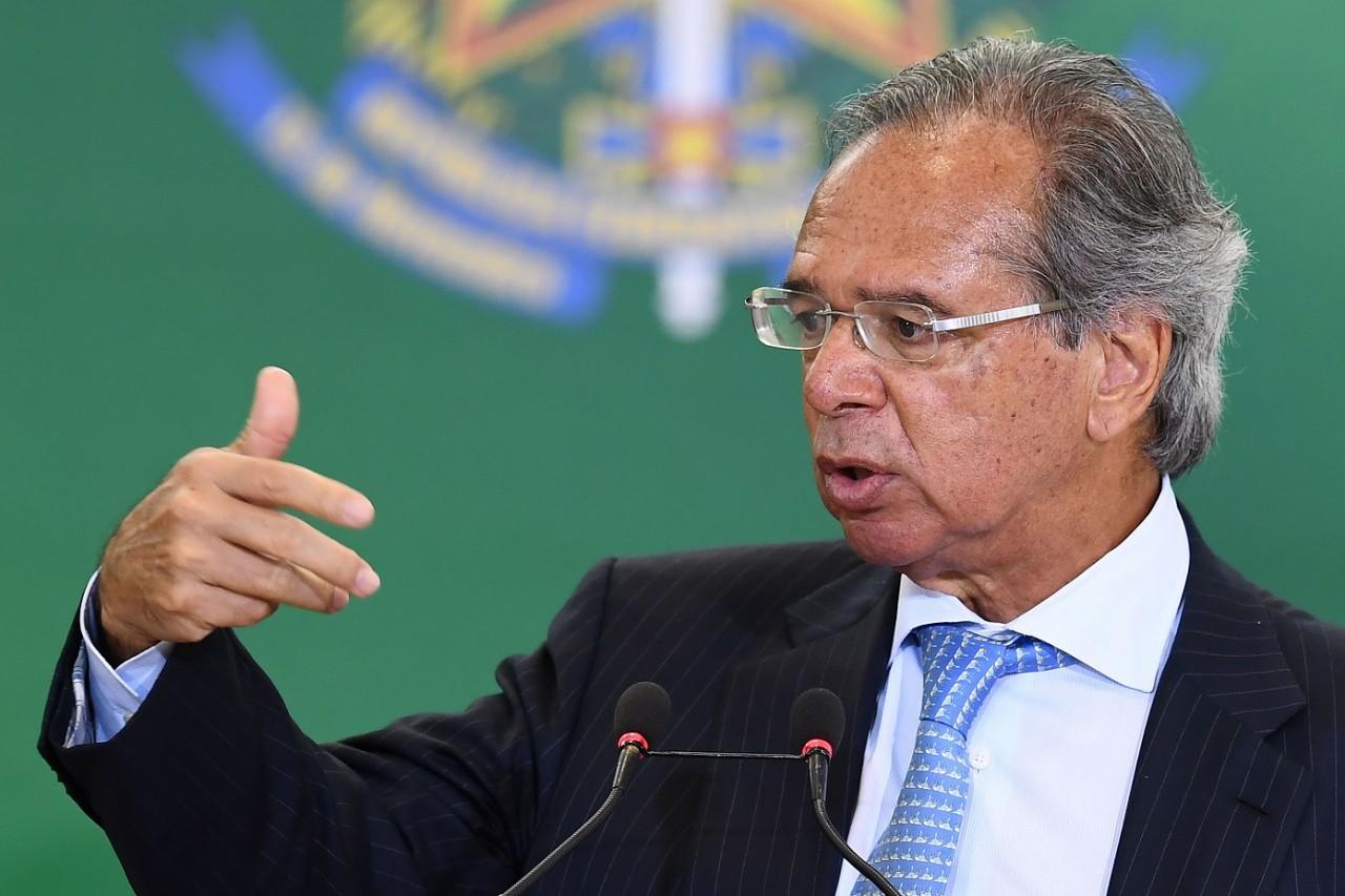 paulo guedes discursando - VEJA VÍDEO: Paulo Guedes afirma que militares precisam ser incluídos na reforma a previdência: 'liderar pelo exemplo'