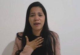 Stefhany Absoluta processa o ex-marido por acusá-la de roubo e busca refúgio no Ceará
