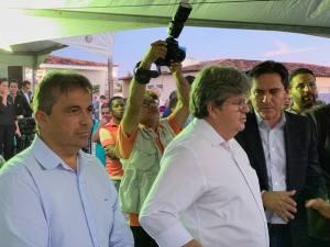 51703083 877962995903626 8449598953669787648 n 300x225 - Genival Matias destaca investimento do governo em segurança durante inauguração de UPS