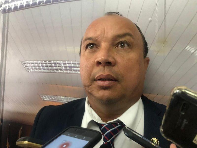 ERAS - Clima esquenta na Câmara de Campina Grande e vereador decide renunciar cargo na Mesa Diretora por julgar gestão Ivonete de 'ditatorial'
