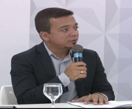Fabricio 300x246 - Chefe de gabinete do Empreender PB fala sobre novas concessões de crédito em 16 municípios
