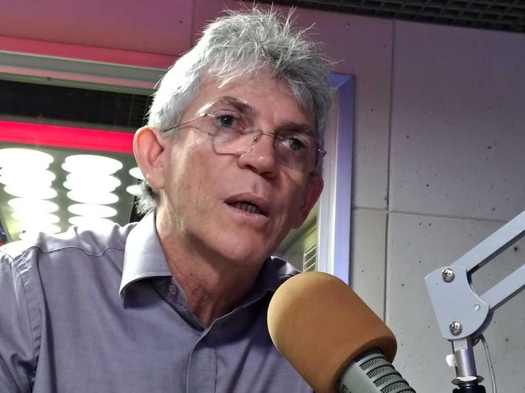 RICARDO COUTINHO 4 - 'Falta de respeito com a sociedade', detona Ricardo Coutinho sobre política de armamento adotada por Bolsonaro