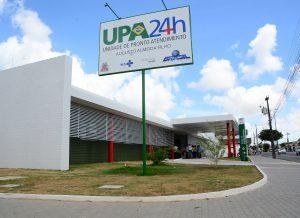 Visita prefeito UpaCruzdasArmas foto julianasantos 020 1 300x218 1 300x218 - Conselho Regional de Medicina faz reunião com profissionais da UPA de Cruz das Armas