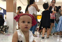 PEDIATRA ALERTA: Carnaval com bebê só após os seis meses de vida