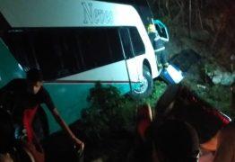 URGENTE: Acidente com ônibus lotado na estrada que liga Pilões a Guarabira, no Brejo