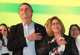 Candidata de Bolsonaro ao Senado fez depósitos e inúmeros saques em conta de campanha