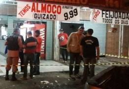 Morre homem baleado por policiais civis em abordagem dentro de bar em João Pessoa
