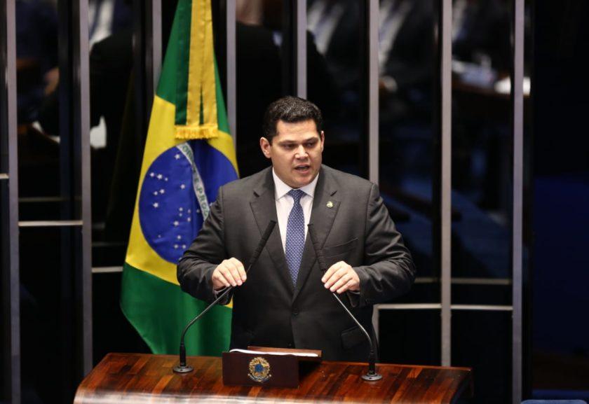 davi alcolumbre pronunciamento senado - DEM todo poderoso: três ministérios e comando da Câmara e Senado - Por Eumano Silva