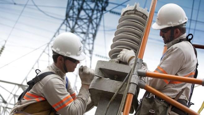 funcionarios da cpfl 300x169 - Energisa vai investir R$ 202 milhões em 2019 na Paraíba