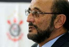 Diretor de Marketing do Corinthians pede demissão após comparar estádio a mulher com Aids