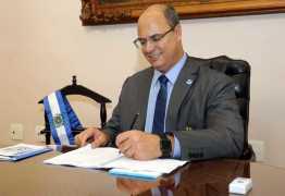 Após pacote de Moro, Witzel quer construir presídios verticais no Rio