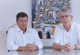 Ricardo Coutinho reaparece fazendo campanha para Vitor Hugo, em Cabedelo – VEJA VÍDEO