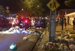 TRANSTORNOS: manifestantes espalham lixo nas ruas do bairro dos Ipês