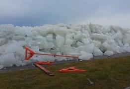 'Tsunami de gelo' é registrado em lago entre EUA e Canadá