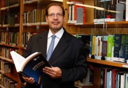 'Sem políticas efetivas, vamos cair num atoleiro', diz ministro do STJ